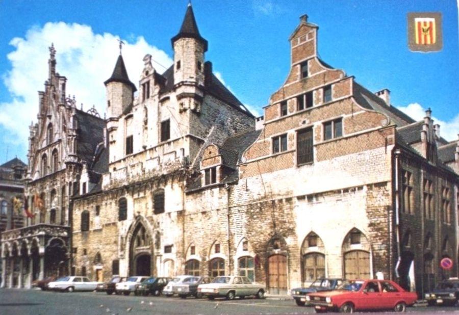 Stadhuis en Lakenhal
